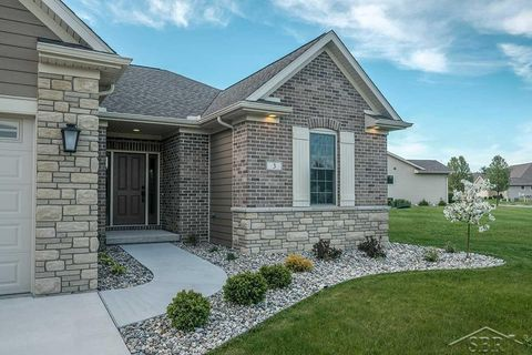 Photo of 15 Millpond Trl, Saginaw, MI 48603