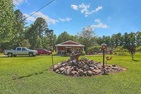 Photo of 3705 Whiteville Rd Nw, Ash, NC 28420