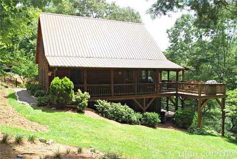 Photo of 1545 Rustic Rd, West Jefferson, NC 28694