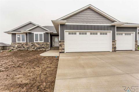 Photo of 4333 N Knob Hill Ct, Sioux Falls, SD 57107