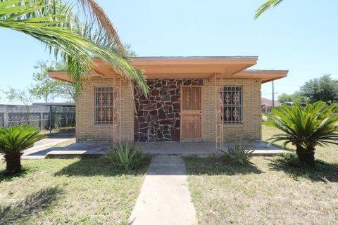 Photo of 409 Glenn St, Zapata, TX 78076
