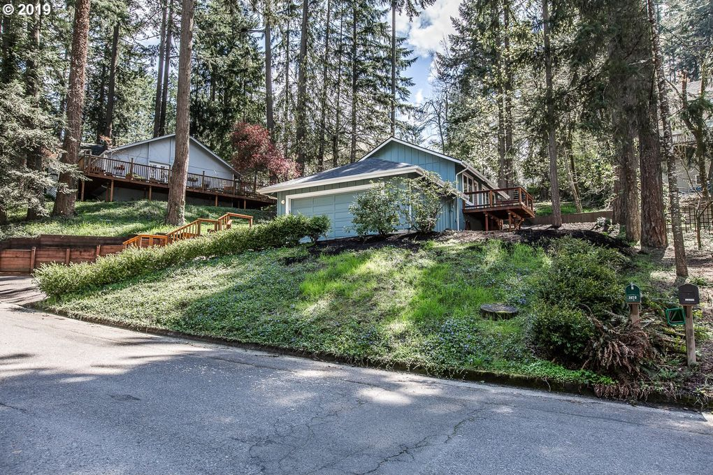 1670 Cameo Dr, Eugene, OR 97405