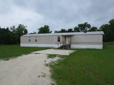 Photo of 1345 Fm 405 Rd Trlr 4, Huntsville, TX 77320