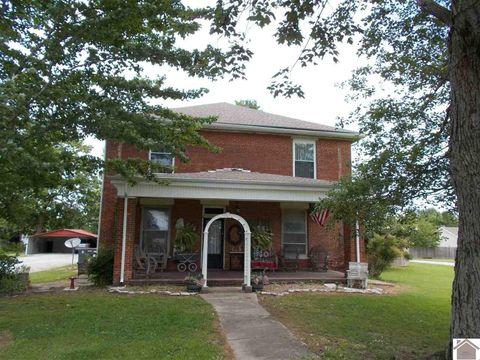 Photo of 6321 Old Cairo Rd, Paducah, KY 42001