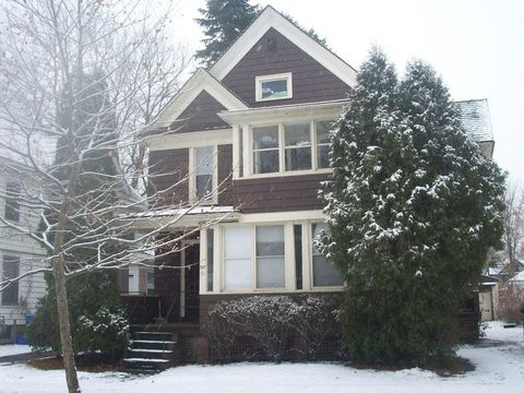 Photo of 325 Grand Ave, Rochester, NY 14609