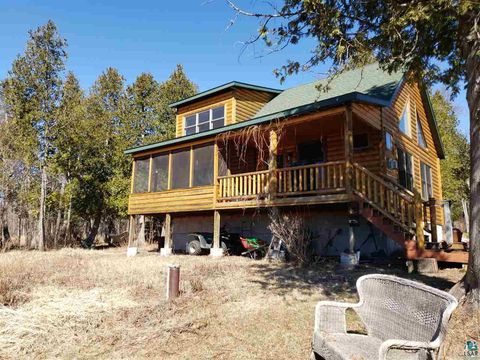 Photo of 2600 Ridgeview Dr, Two Harbors, MN 55616