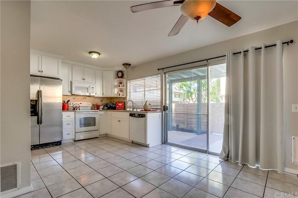 1719 N Willow Woods Dr Unit A Anaheim, CA 92807