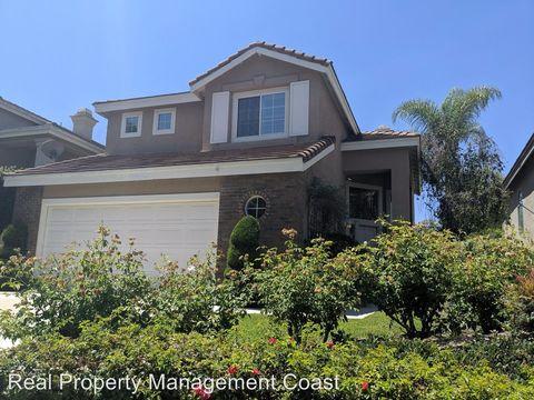 Photo of 909 S Natalie Ln, Anaheim Hills, CA 92808