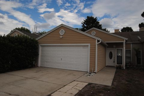 Photo Of 849 Candleknoll Ln Jacksonville Fl 32225 Townhome For Rent