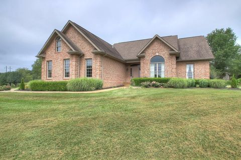 Photo of 134 Emerald Dr, London, KY 40744