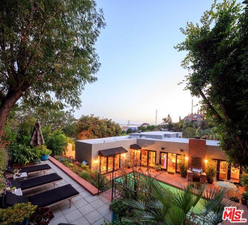 1444 Queens Rd, Los Angeles, CA 90069