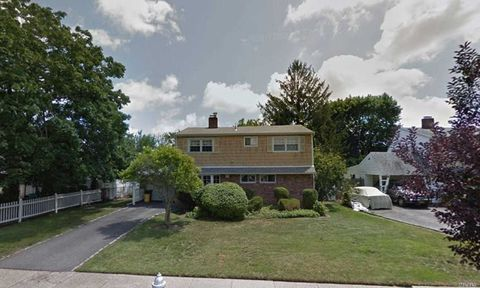 Hicksville, NY Real Estate - Hicksville Homes for Sale