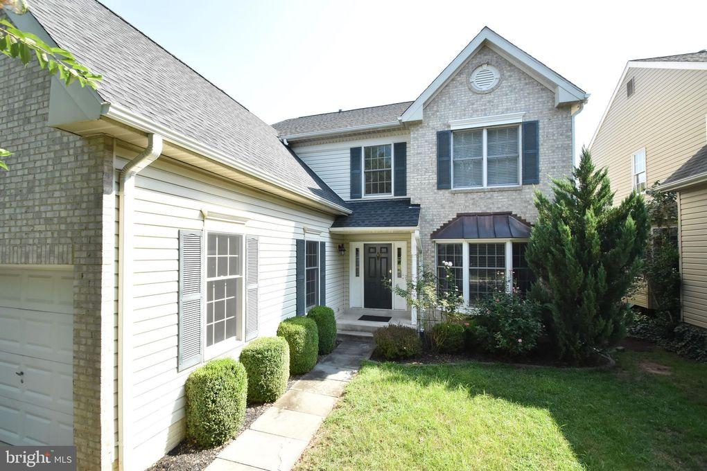 12916 Wheatland Rd Fairfax, VA 22033