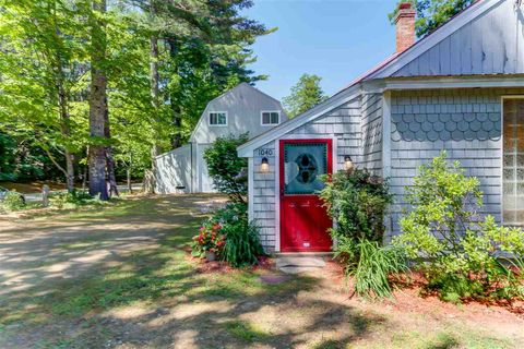 Photo of 1040 W Side Rd, Conway, NH 03860