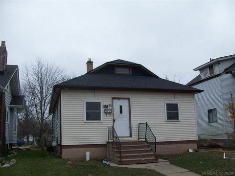 60 Eldredge St, Mount Clemens, MI 48043
