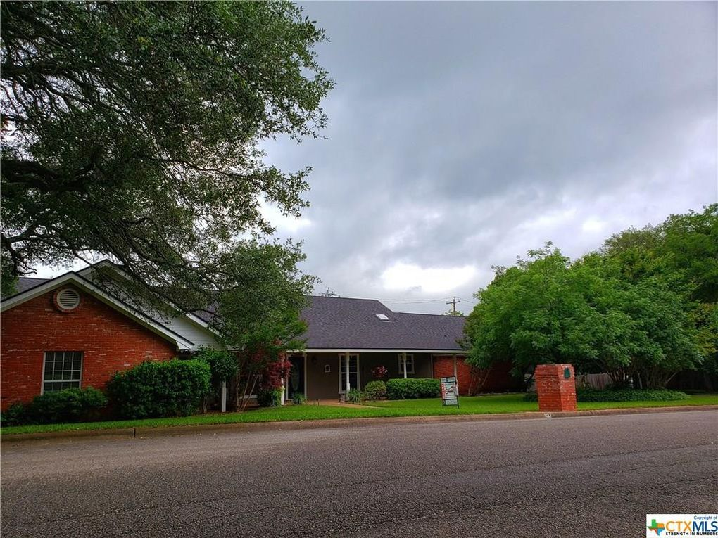 115 Sunny Ln Gatesville, TX 76528