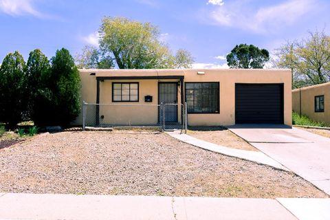 Photo of 1026 Tomasita St Ne, Albuquerque, NM 87112