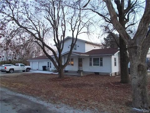 104 E Kentucky St, Coulterville, IL 62237