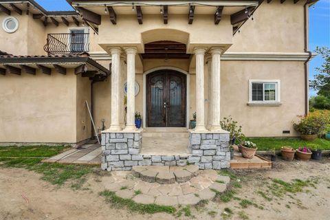 Photo of 2050 17th Ave, Santa Cruz, CA 95062
