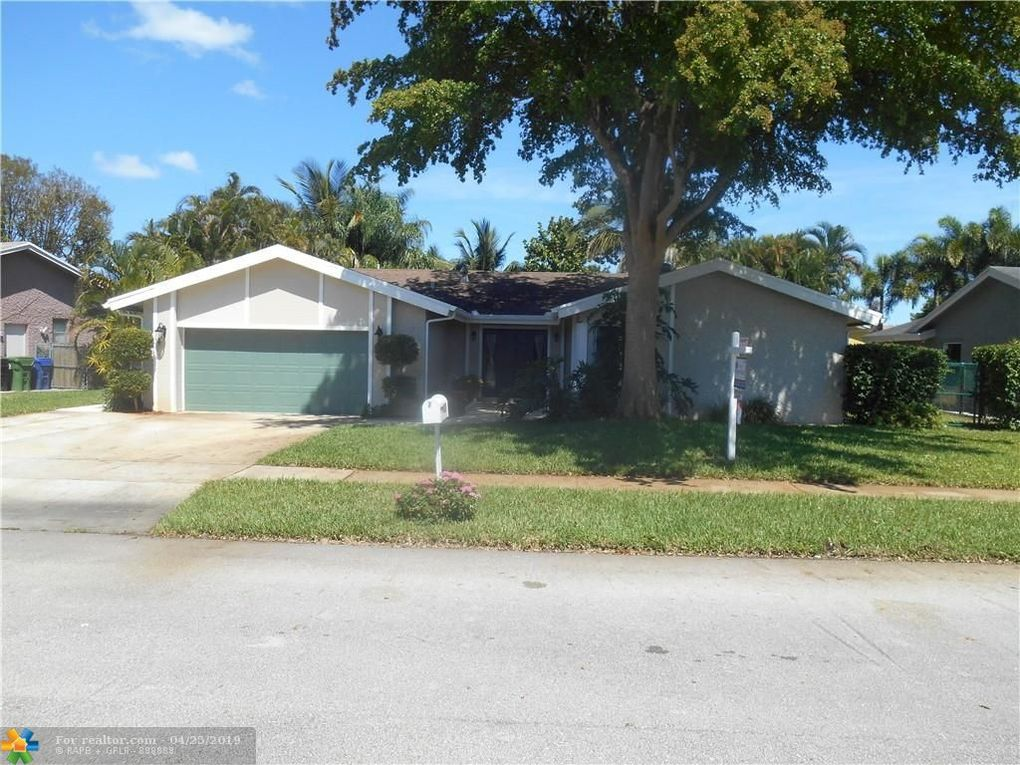 6832 NW 26th Way Fort Lauderdale, FL 33309