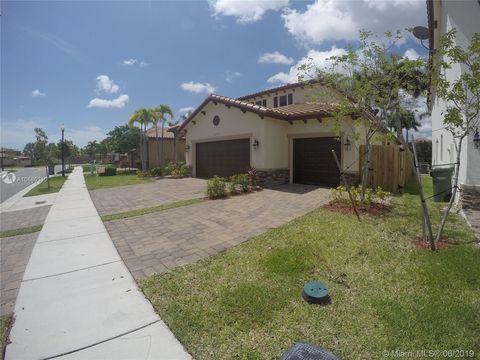 Photo of 3472 Se 3rd St, Homestead, FL 33033