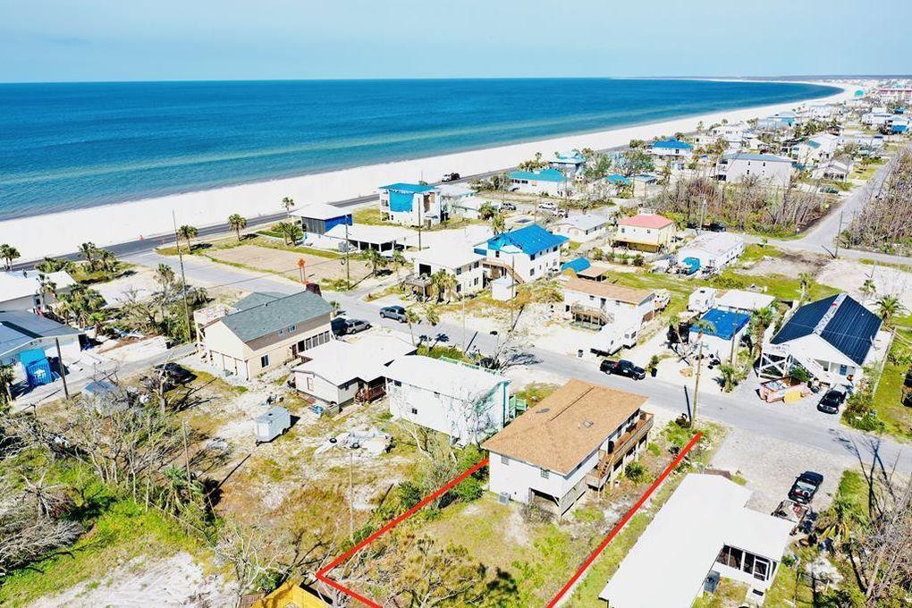 118 1st St Mexico Beach Fl 32456