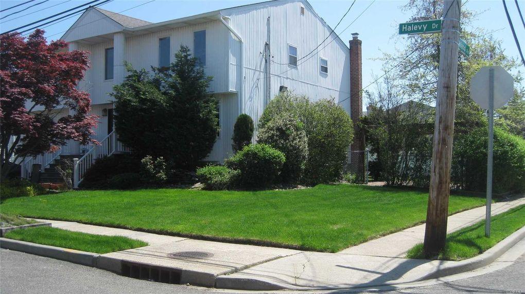 547 Halevy Dr Cedarhurst, NY 11516