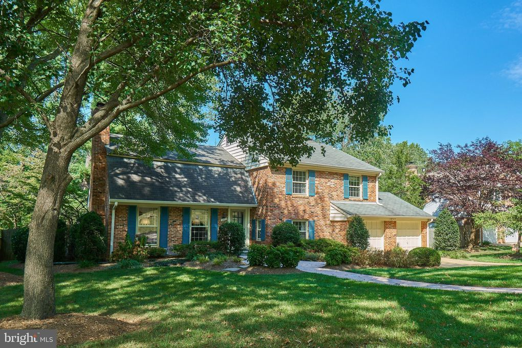 6538 Bay Tree Ct Falls Church, VA 22041