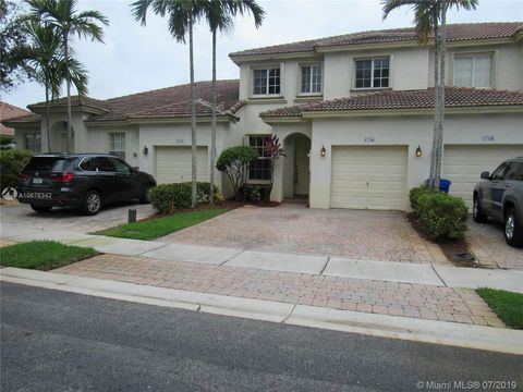 Photo of 1716 Nw 78th Way, Pembroke Pines, FL 33024