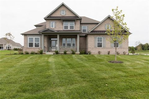 Photo of 16292 Spring Bank Ct, Fishers, IN 46040