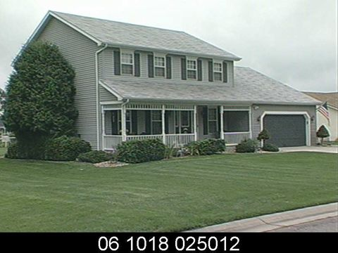 Photo of 12300 Settlers Cove Ct, Granger, IN 46530