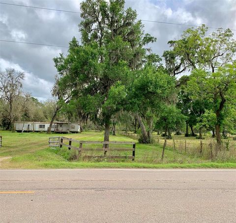 Photo of 4305 County Road 244, Brazoria, TX 77422