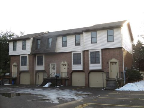 Photo of 101 Ableview Dr Apt 8, Butler, PA 16001