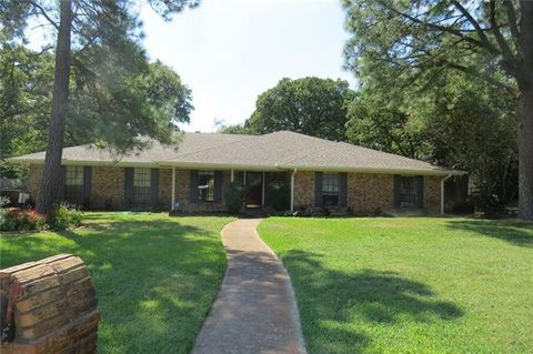 Photo of 613 Suellen Cir, Colleyville, TX 76034