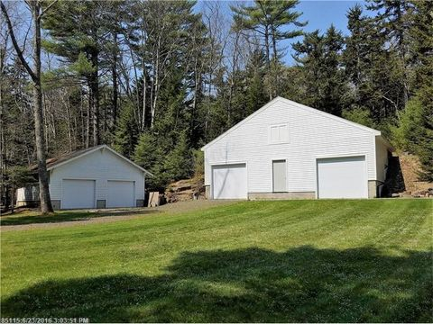 152 Meadow Cove Rd, Boothbay, ME 04544