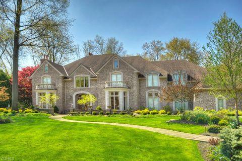 avon lake oh houses for sale with swimming pool realtor com rh realtor com