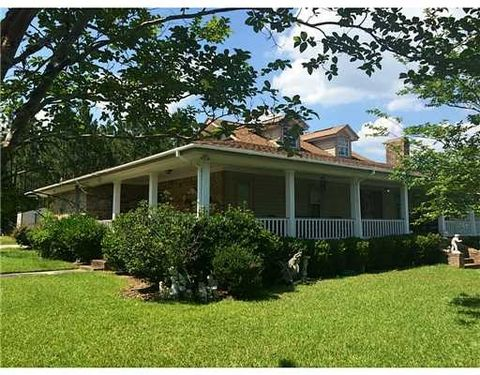 4267 Ray Wise Dr, Biloxi, MS 39532