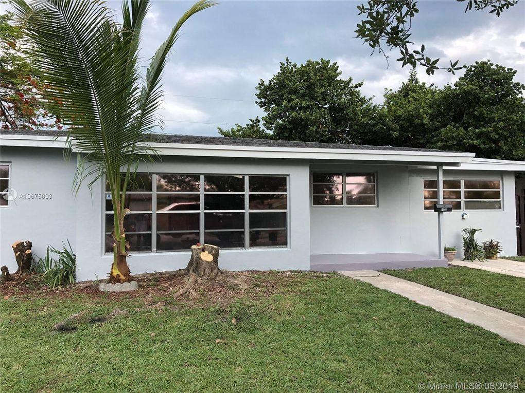 9410 Jamaica Dr Cutler Bay, FL 33189
