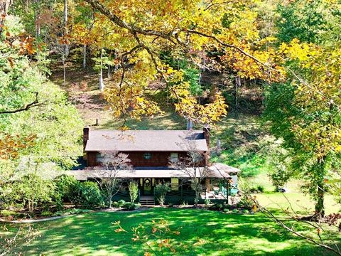Photo of 2463 Pigeonroost Rd, Boons Camp, KY 41204