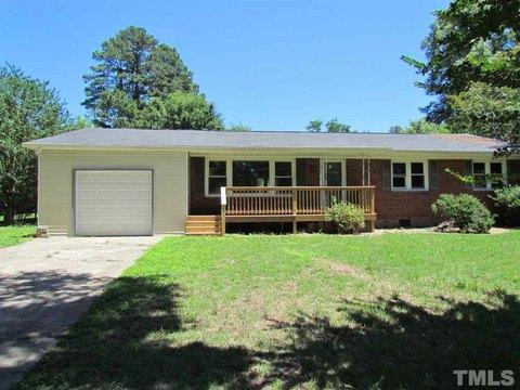 2816 Dove Ln, Raleigh, NC 27604