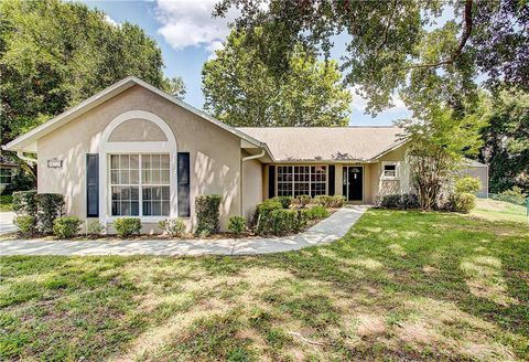 Photo of 10729 Lake Hill Dr, Clermont, FL 34711