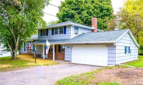 904 Middle Rd, Rush, NY 14543