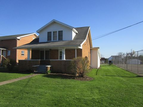 Photo of 421 Washington St, Strattanville, PA 16258