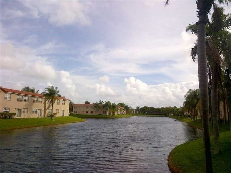 401 Sw 86th Ave Apt 205, Pembroke Pines, FL 33025