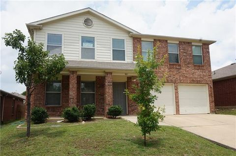 Photo of 1801 White Feather Ln, Fort Worth, TX 76131