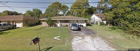 Photo of 215 S Noble Rd, Texas City, TX 77591