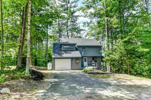 22 Deer Run Cir, Conway, NH 03860