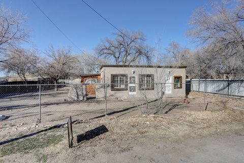 6735 Isleta Blvd Sw, Albuquerque, NM 87105