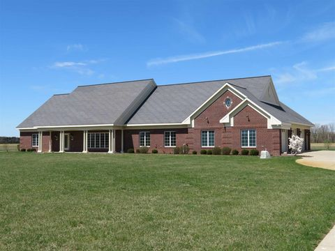 Photo of 15347 County Road 146, Syracuse, IN 46567