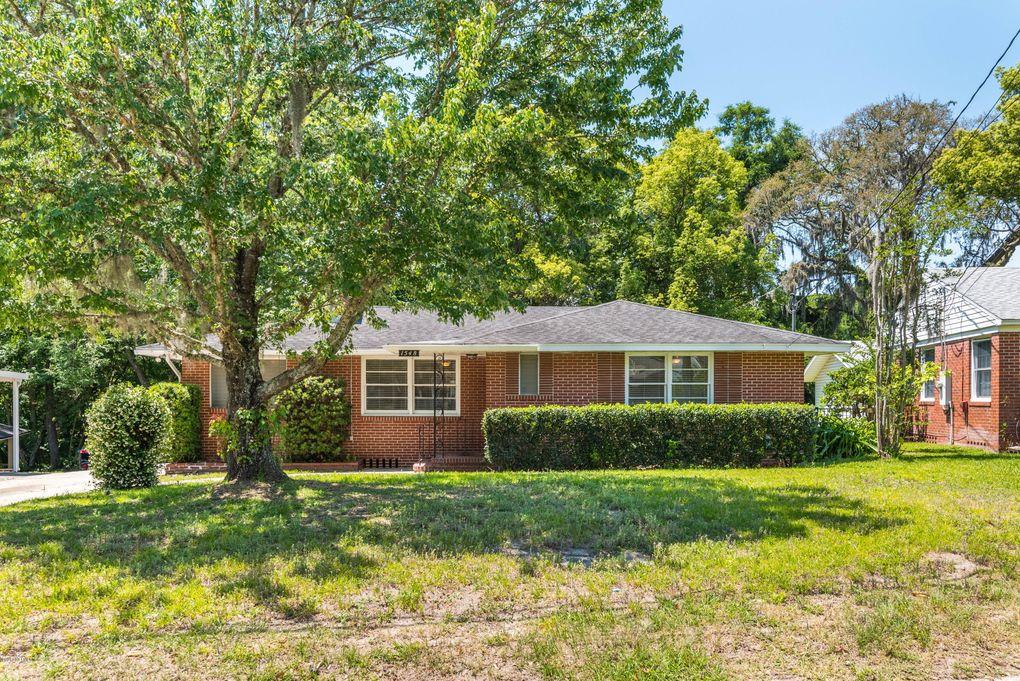 1548 Geraldine Dr, Jacksonville, FL 32205